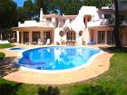 Luxury Villas in Quinta do Lago AHS-V4-012